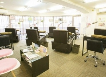 NailSalon Asian西新宿店