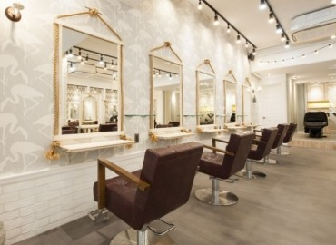 AUBE hair largo 【広島5号店】