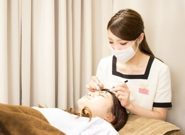 Eyelash Salon Blanc 名古屋駅店